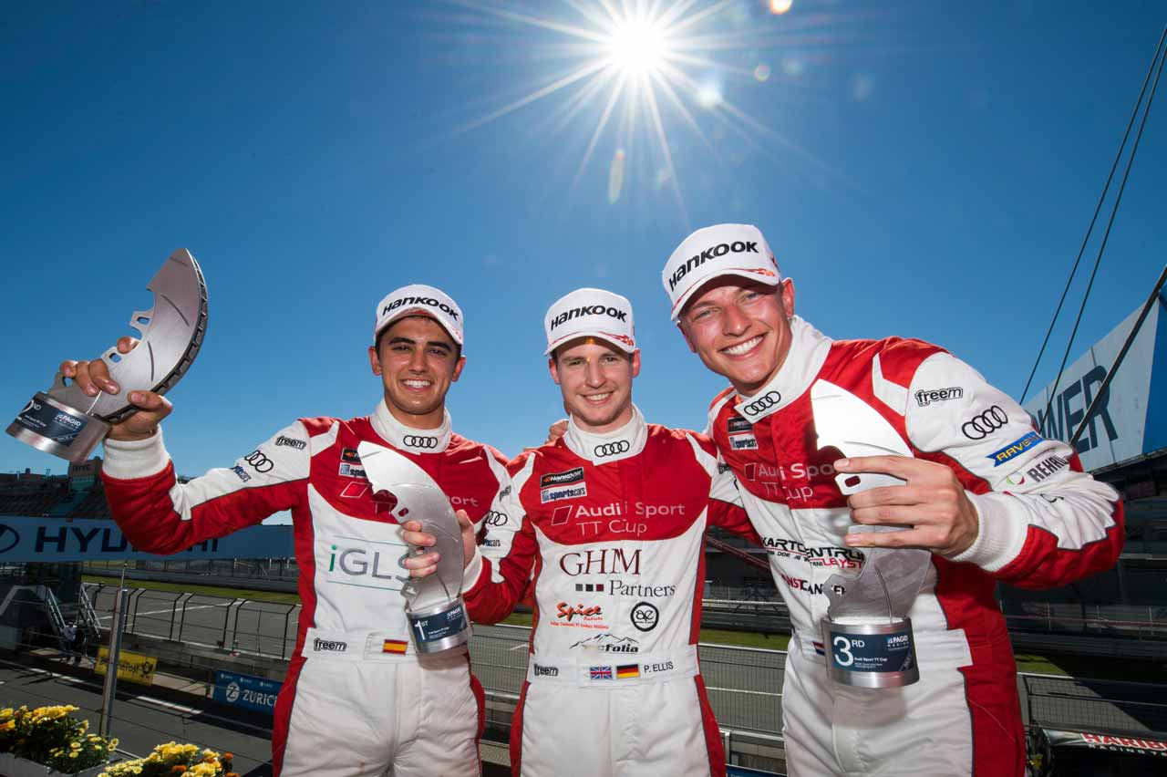 SAE Audio support Mikel Azcona participate Cup Audi Sport TT topped the podium!